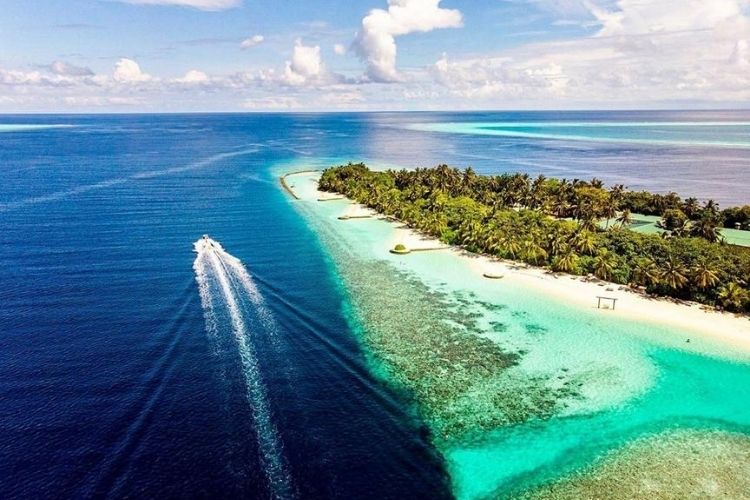 Maldives has opened the opportunity to do a plit stay with improved guidelines