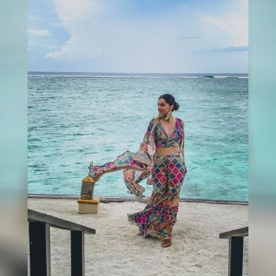 bollywood celeb taapsee pannu in the Maldives