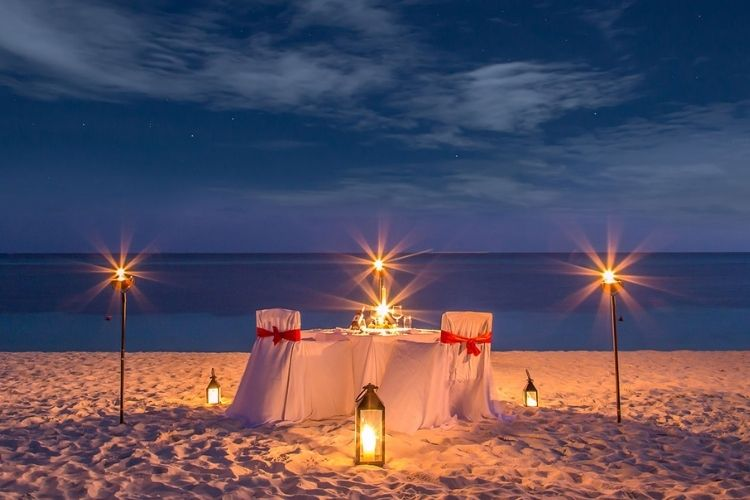 Candlelight dinner Romantic Dining Maldives