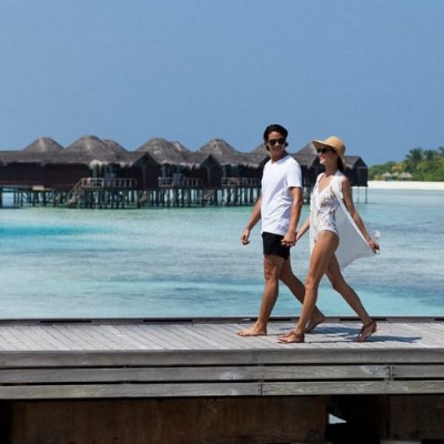 tourists arrivals maldives within first 2 weeks