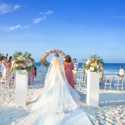romantic wedding at reethi faru resort
