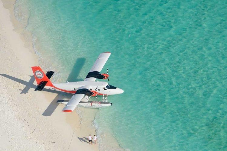 free seaplane transfers