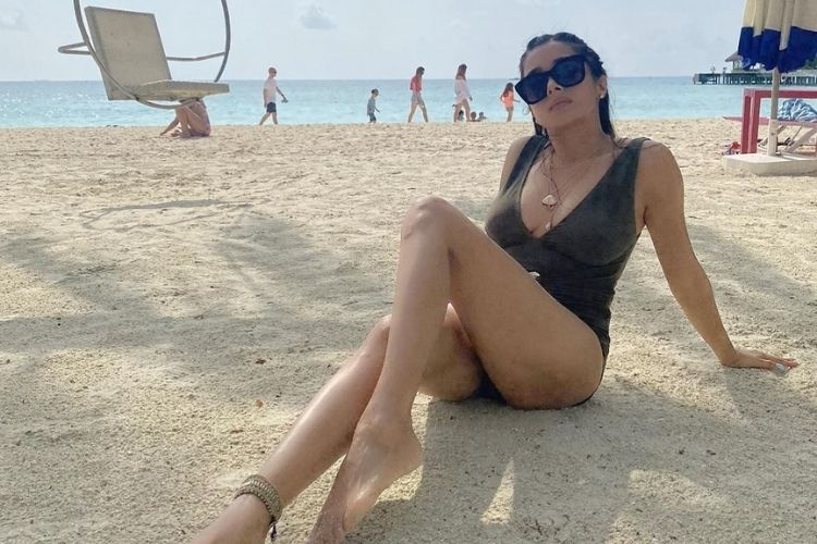 Tina Datta in the Maldives