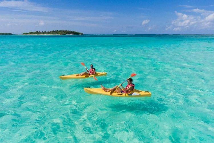 Maldives kayaking