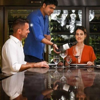 dining at world's leading luxury island resort