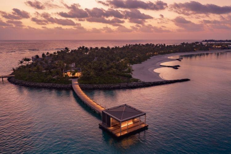 Ritz-Carlton Maldives Legendary Debut Offer