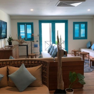 Fairmont Maldives Airport Lounge
