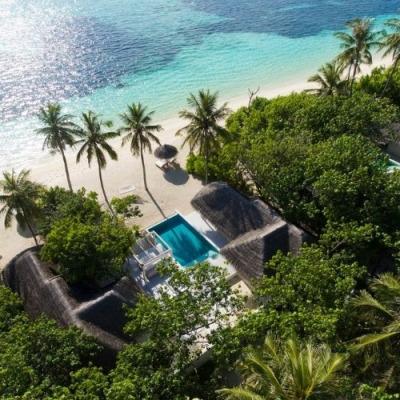 aerial view of kanuhura maldives